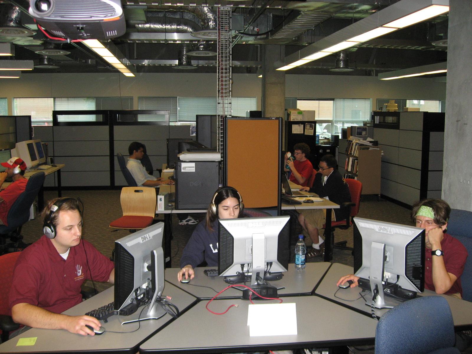 Vrac virtual reality applications center home design for Home design 9app
